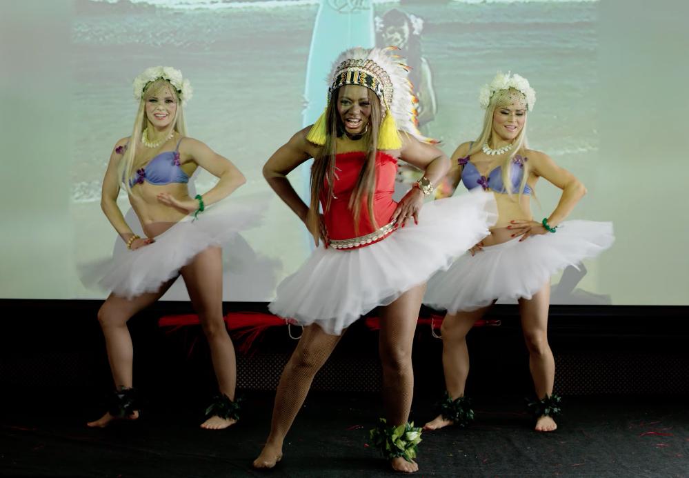 waikiki-entertainment-hula-polynesian-Screen Shot 2018-05-22 at 19.52.11